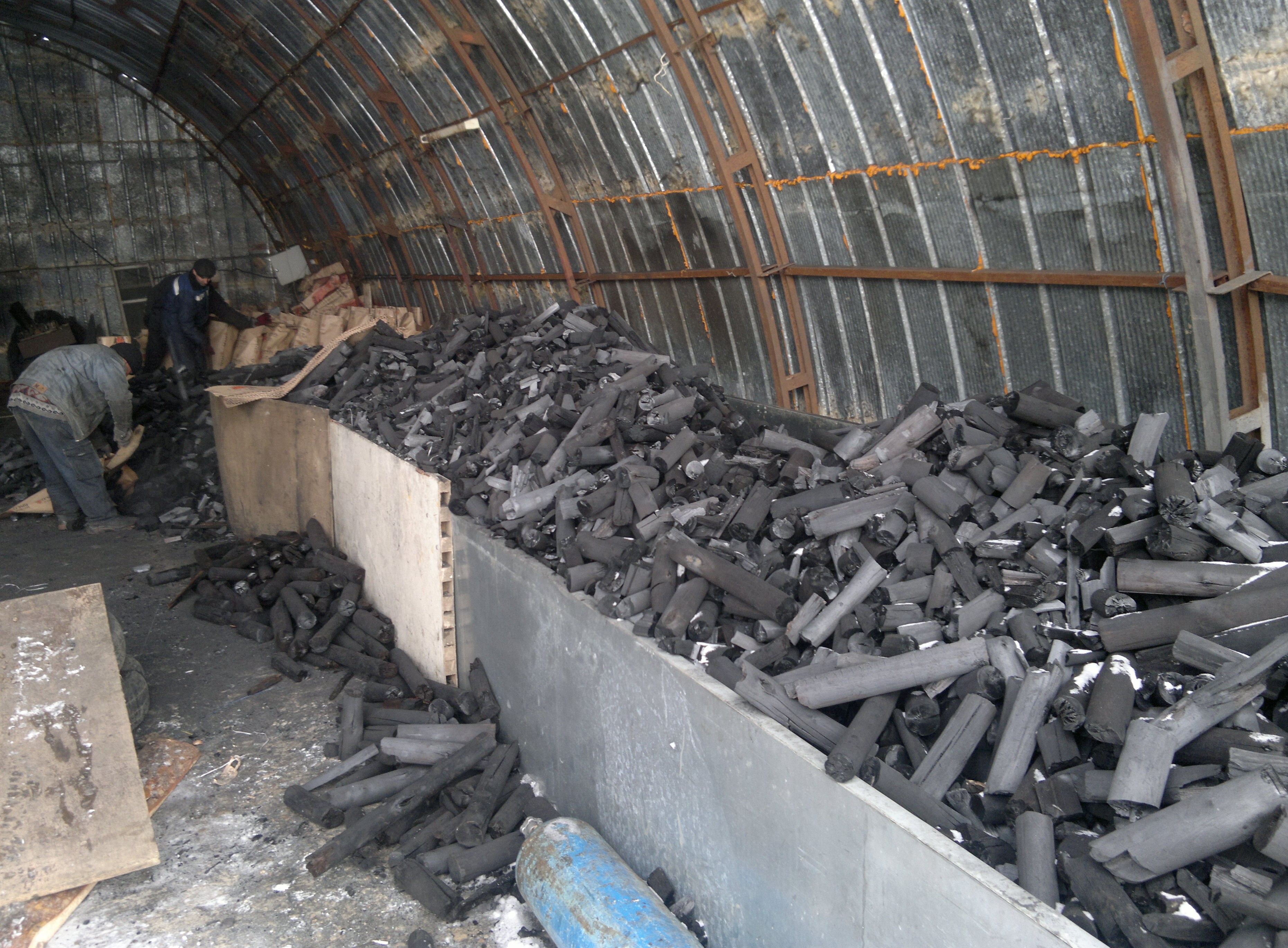 Уголь берёзовый своими руками 76